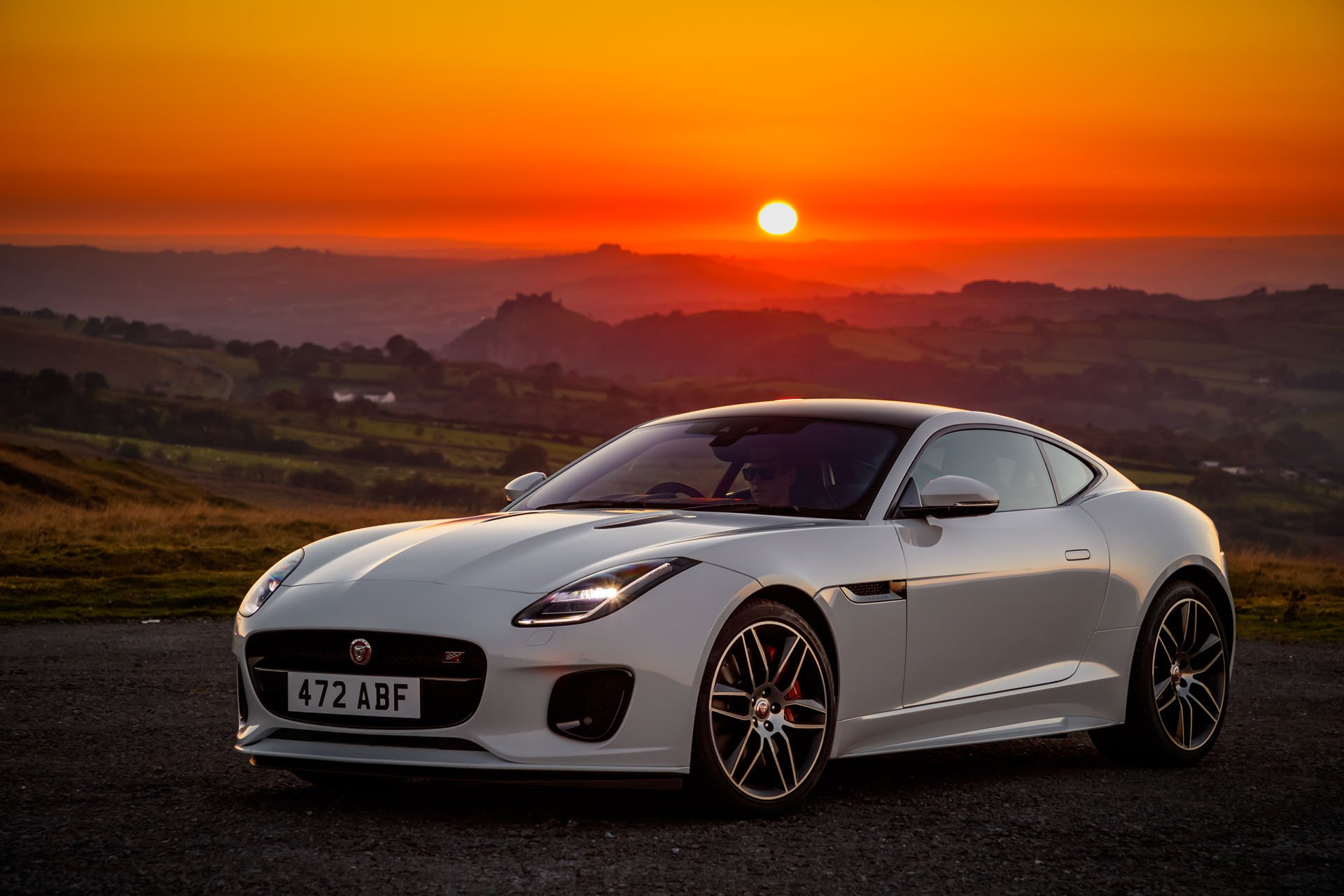 6c0e32ac-jaguar-f-type-chequered-flag-edition-10