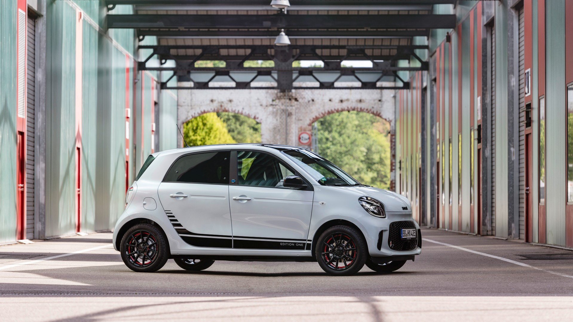72a47ebb-2020-smart-fortwo-forfour-45