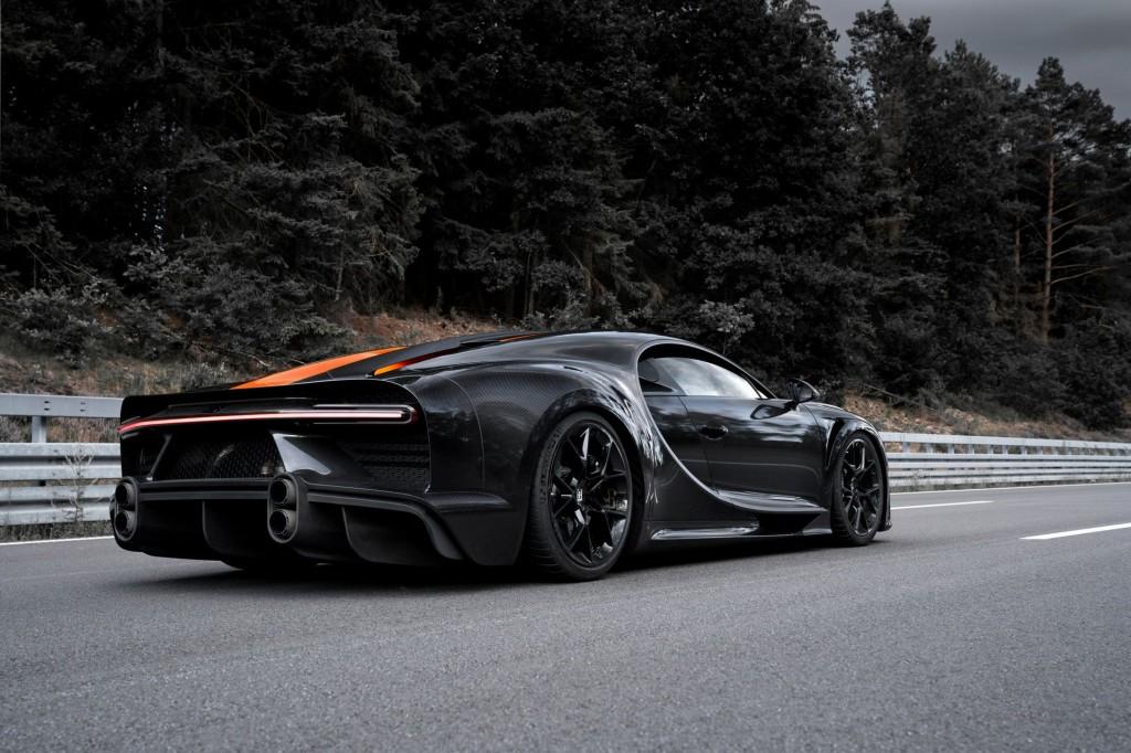 30 példányban dobják piacra a rekorder Bugattit