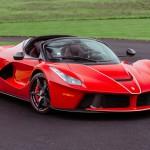 Tűzveszélyes Ferrarik, légzsákrobbantó Hondák. Visszahíváscunami Amerikában.