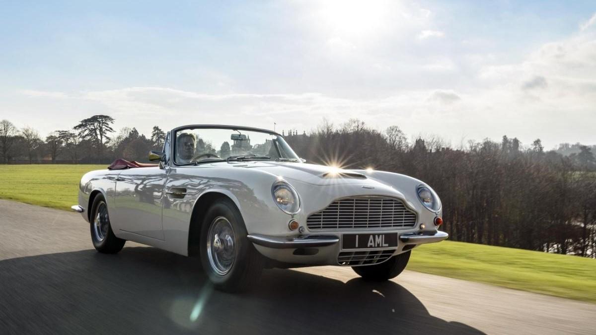 Klasszikus modelleket alakít át elektromossá az Aston Martin
