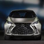 Egy városi mini lesz az első elektromos Lexus