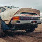 Nem örül a Porsche annak, hogy a Singer Design az ő márkajelzéseiket használja