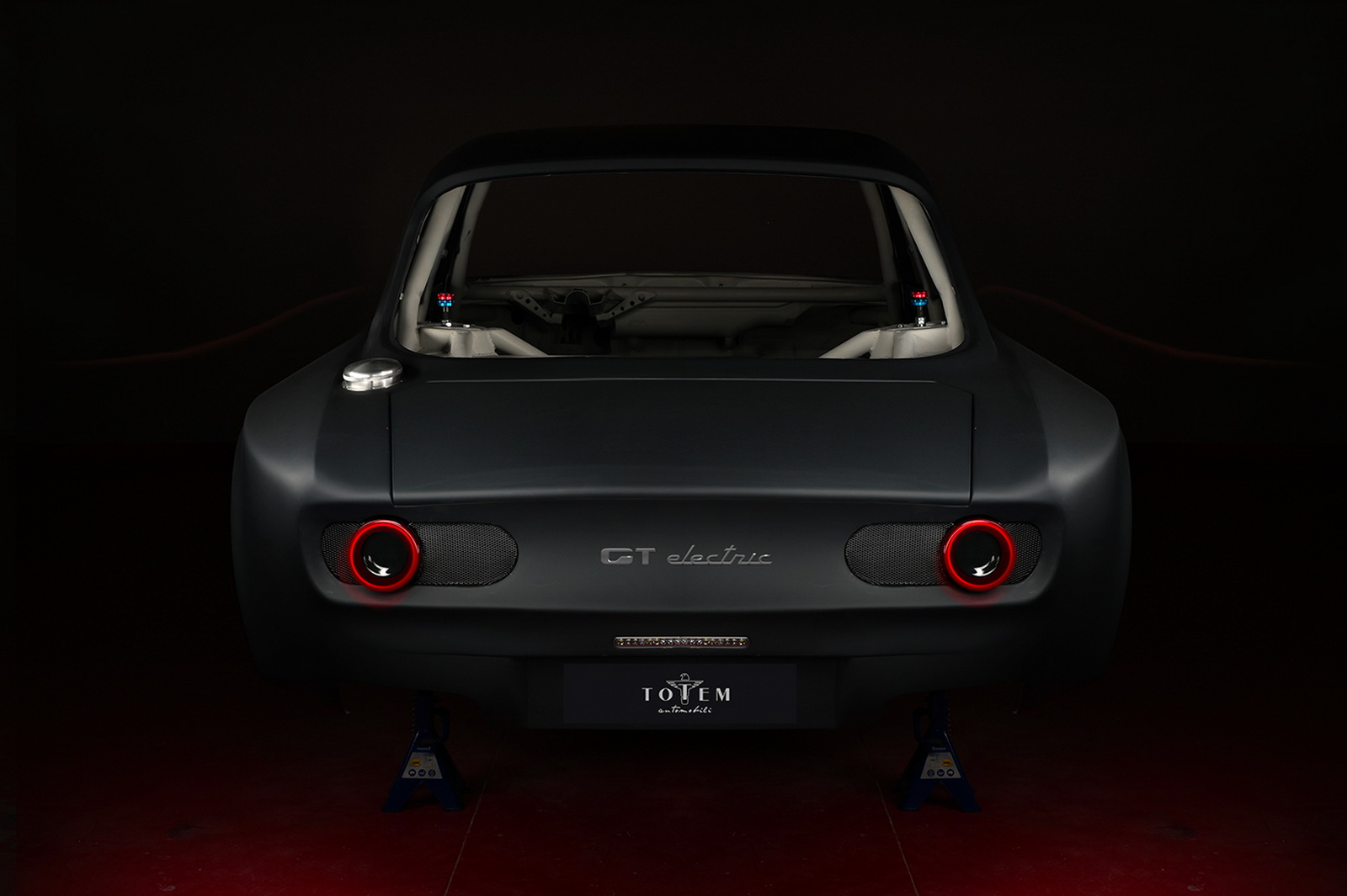 Alfa-Romeo-Totem-GTe-03