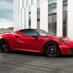 Háromszáz fölött az Alfa Romeo 4C