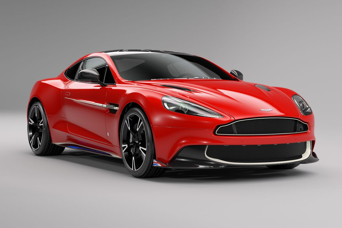 AstonMartinRedArrowEdition2017-1