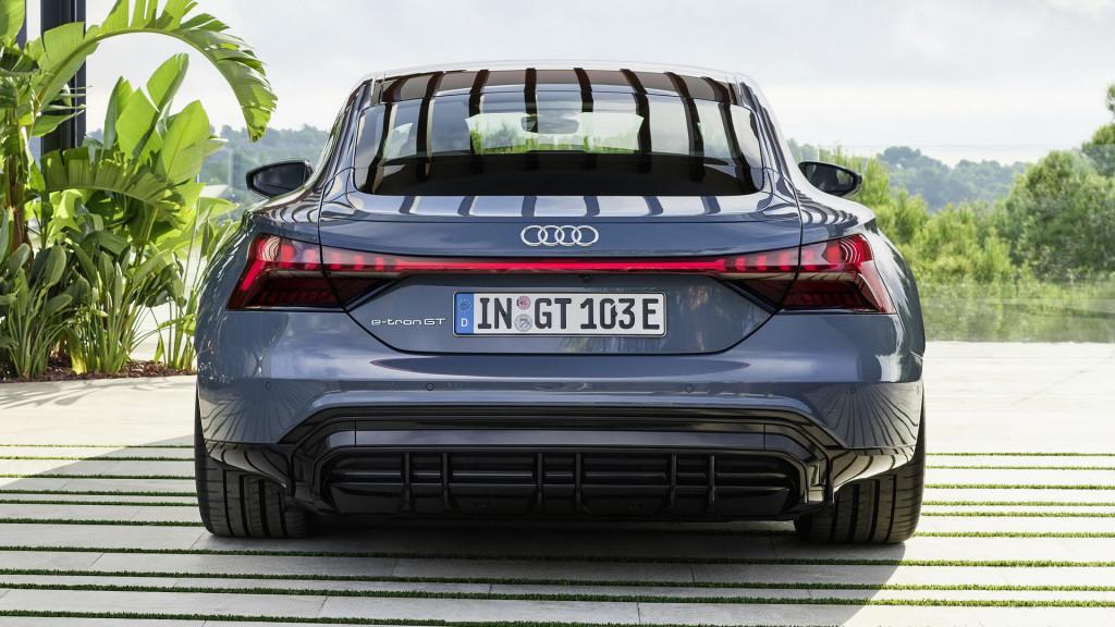Az Audi vezérigazgatója szerint nemsokára vége az elektromos hatótáv háborúnak