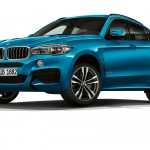 BMW X6 nagyon sportos, nagyon kék kivitelben