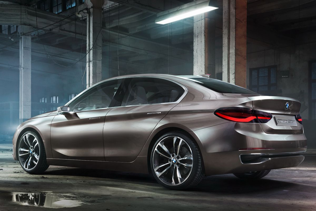 BMW1-esszedán1