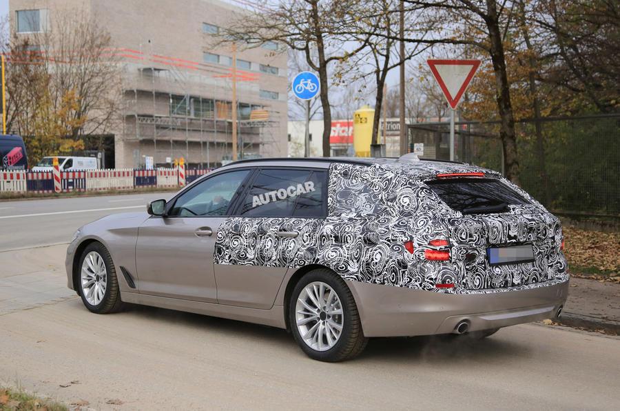 BMW5touring-7