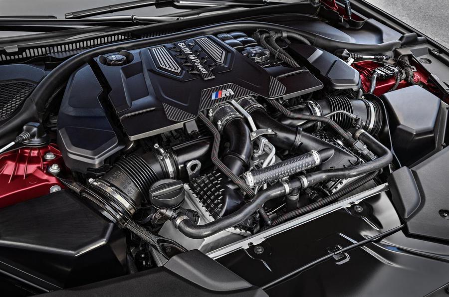 Itt az új M5-ös BMW!