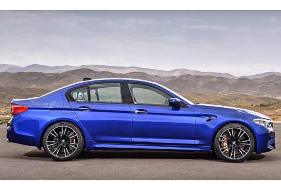 BMWM52018-7
