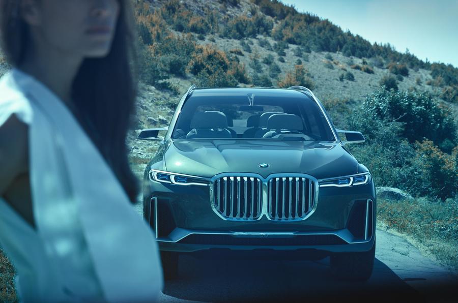 BMWX7ConceptFrankfurt2017-6