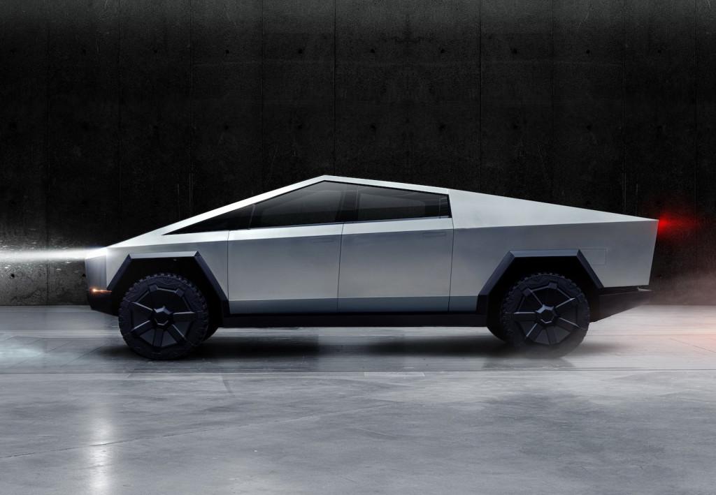 Mégsem lesz kisebb a Tesla Cybertruck