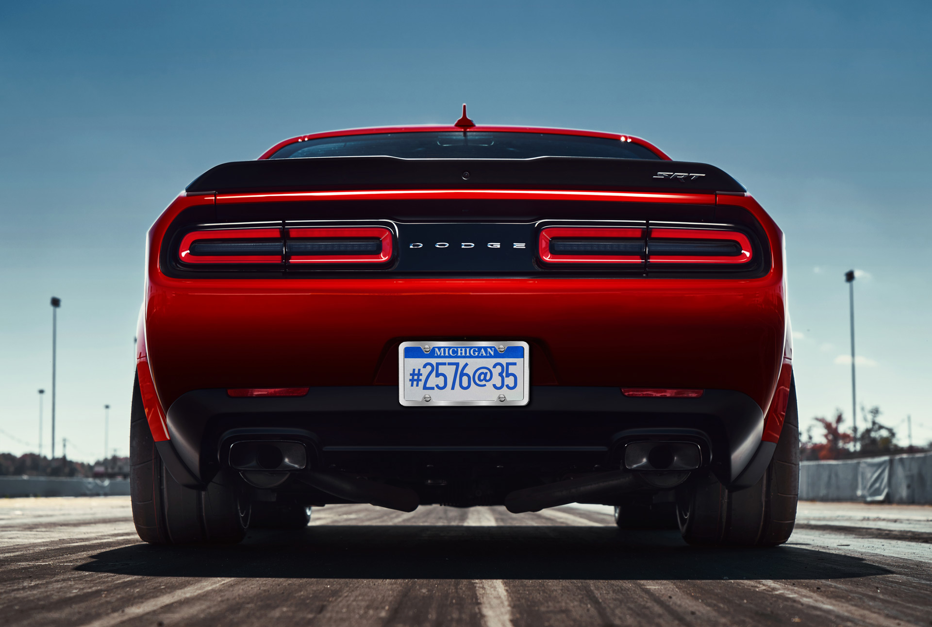 Dodge-Challenger-Demon