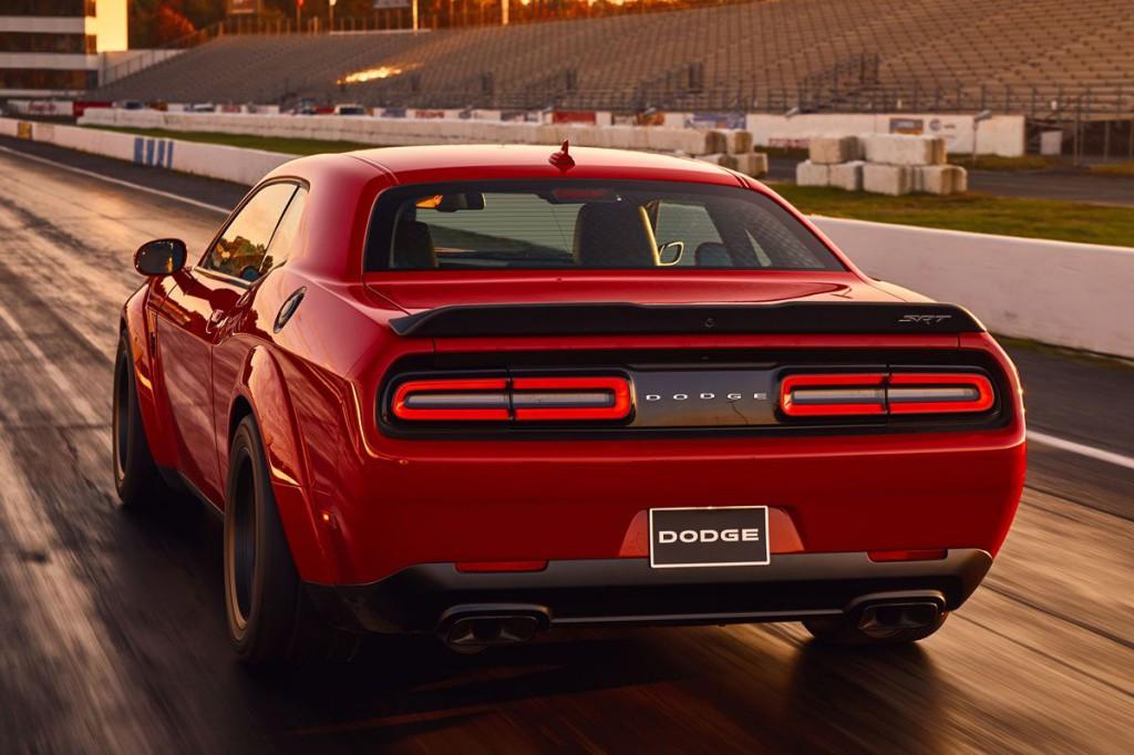 Autóbemutató: Dodge Challenger, a világ leggyorsabb sorozatgyártású modellje