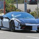 Jövőre jön a legerősebb V8-as Ferrari