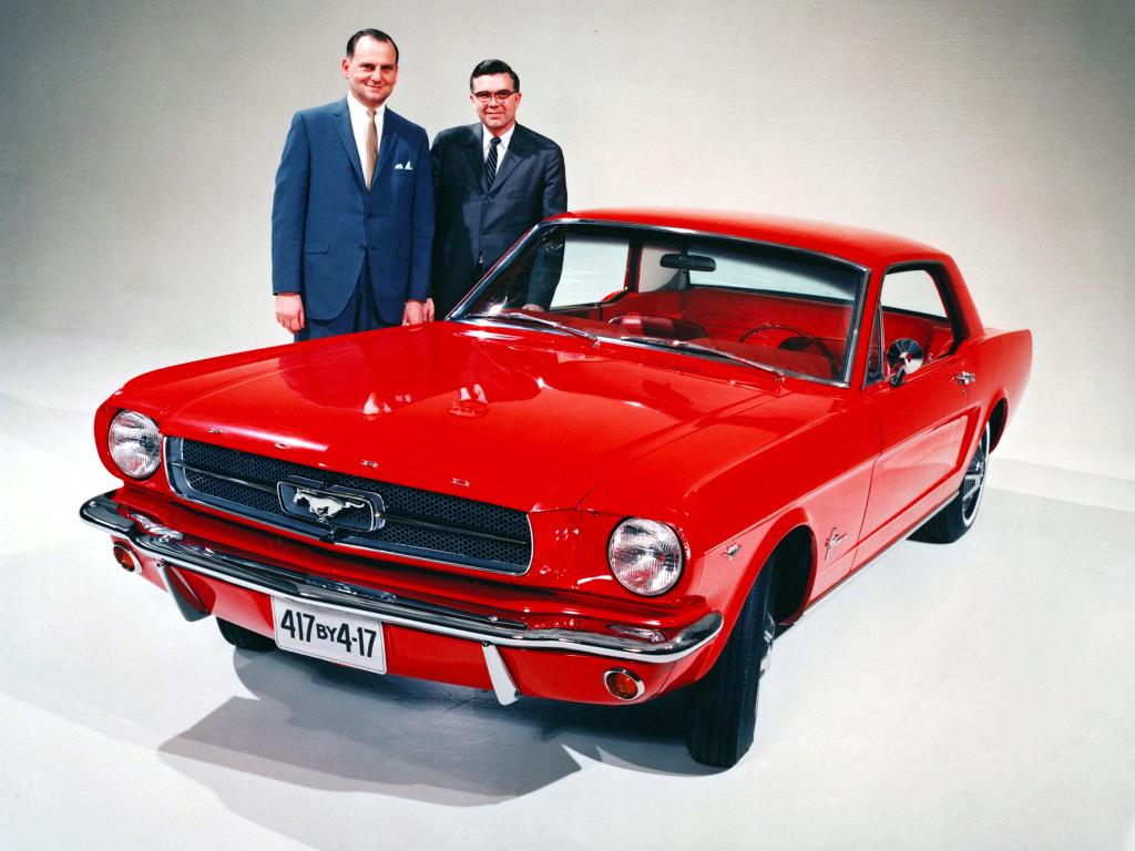 Mustang-frissítés múltidézéssel