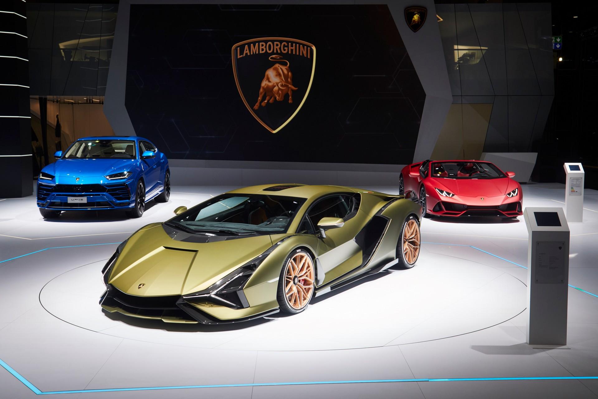 Lamborghini-Auto-Show-2