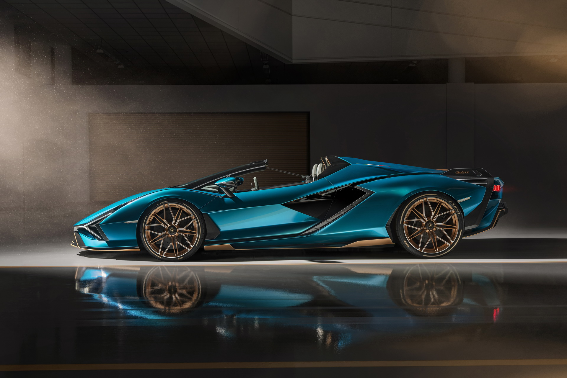 Lamborghini-Sian-Roadster-17