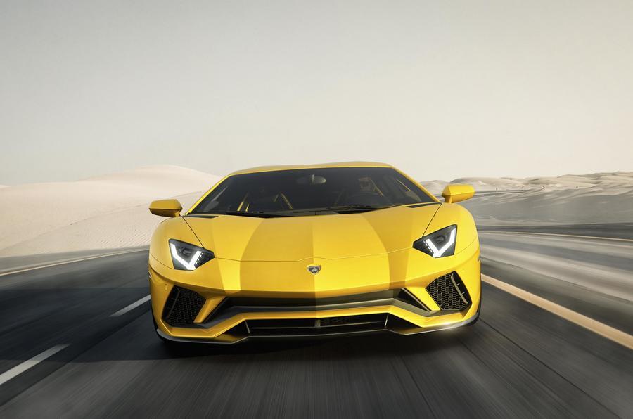 LamborghiniAventadorS2017-5