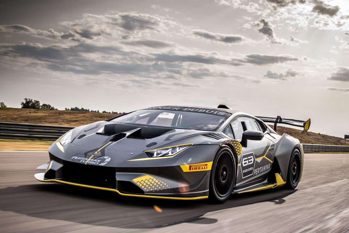 LamborghiniHuracanTrofeoOevo2017-1