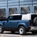 Haszongépjárműként is bemutatkozik a Land Rover Defender