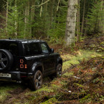 V8-as motort kapott a Land Rover Defender