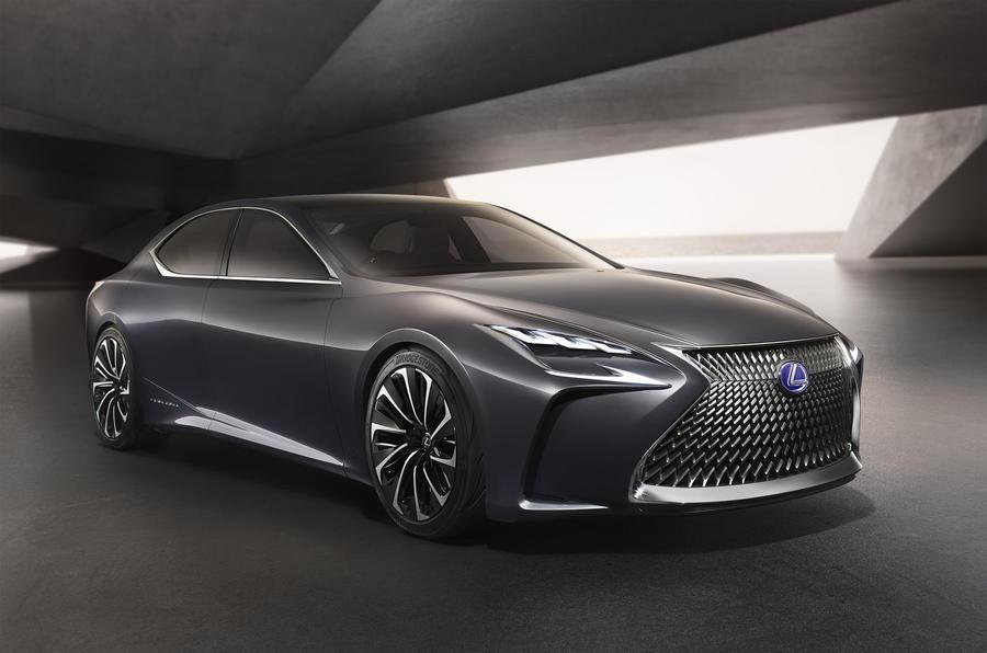 LexusLS2019