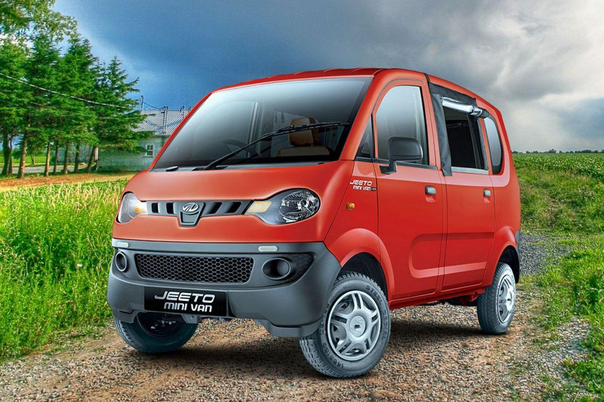 Mahindra Jeeto Minivan 2017-1