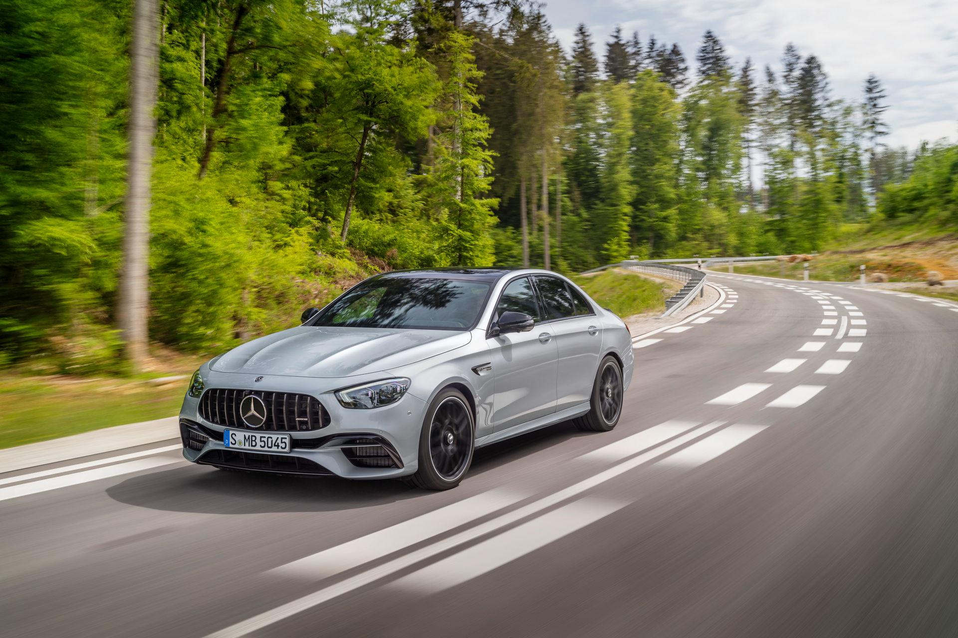 Mercedes-AMG-E-63-S-41