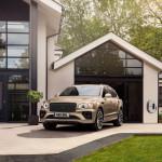 Megnövelt elektromos hatótávval lépett 2021-be a Bentley Bentayga