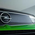 New-Opel-logo-debuts-on-2021-Mokka-3