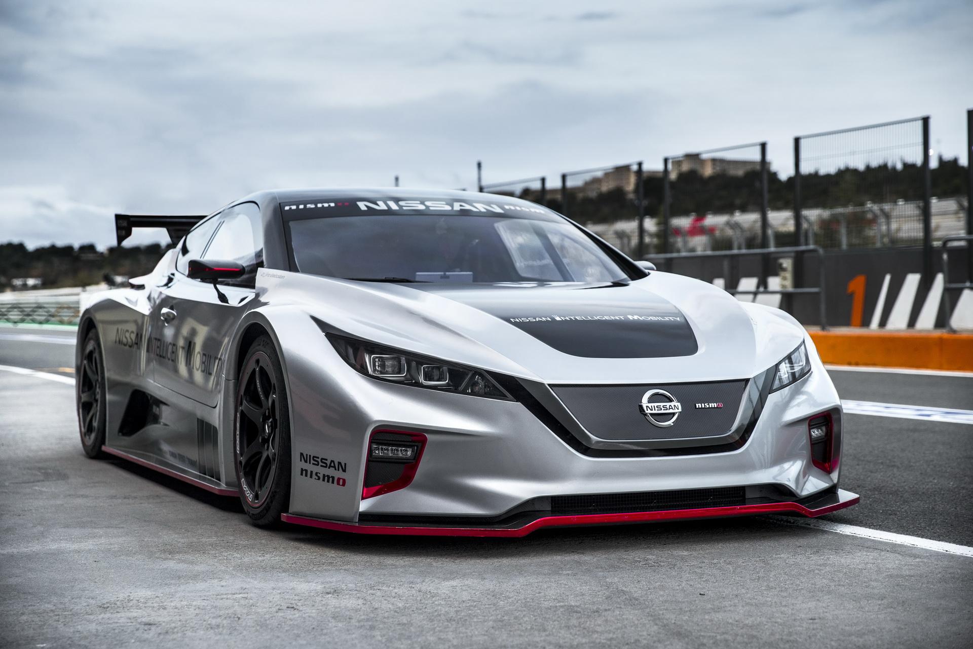 Nissan_leaf_nismo_RC-11