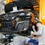 Opel-Zafira-Life-manufacturing-at-Kaluga-plant-in-Russia-3