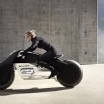 _P90238704_highRes_bmw-moto