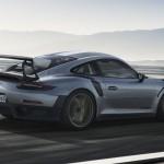 Porsche 911 GT2 RS 2017-3