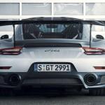 Porsche 911 GT2 RS 2017-7