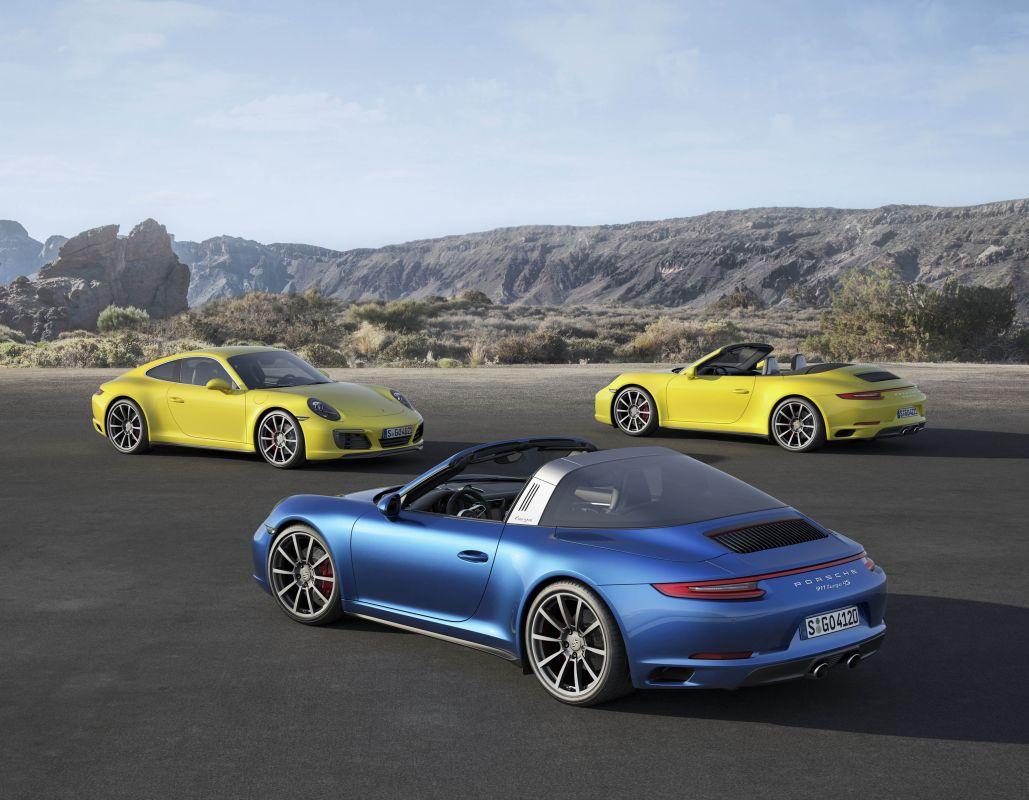 Porsche 911 carrera 4-9