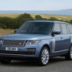 Luxus-belsővel csábít az új Range Rover