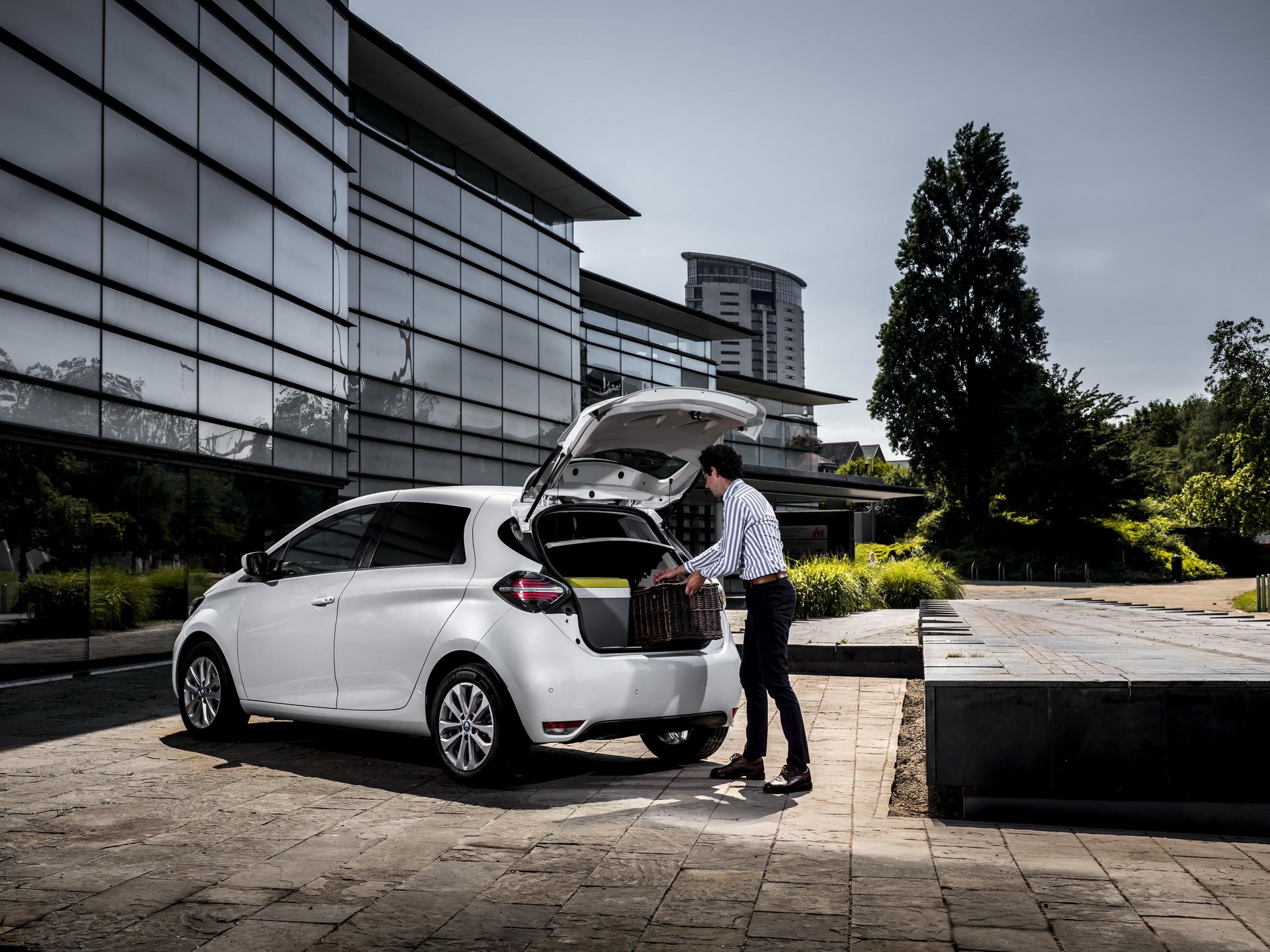Renault-Zoe-Van-03