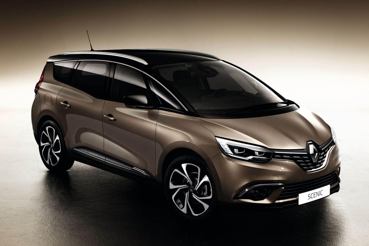 RenaultGrandScenic2016-1