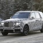 Újabb kémfotók a Rolls-Royce SUV-járól