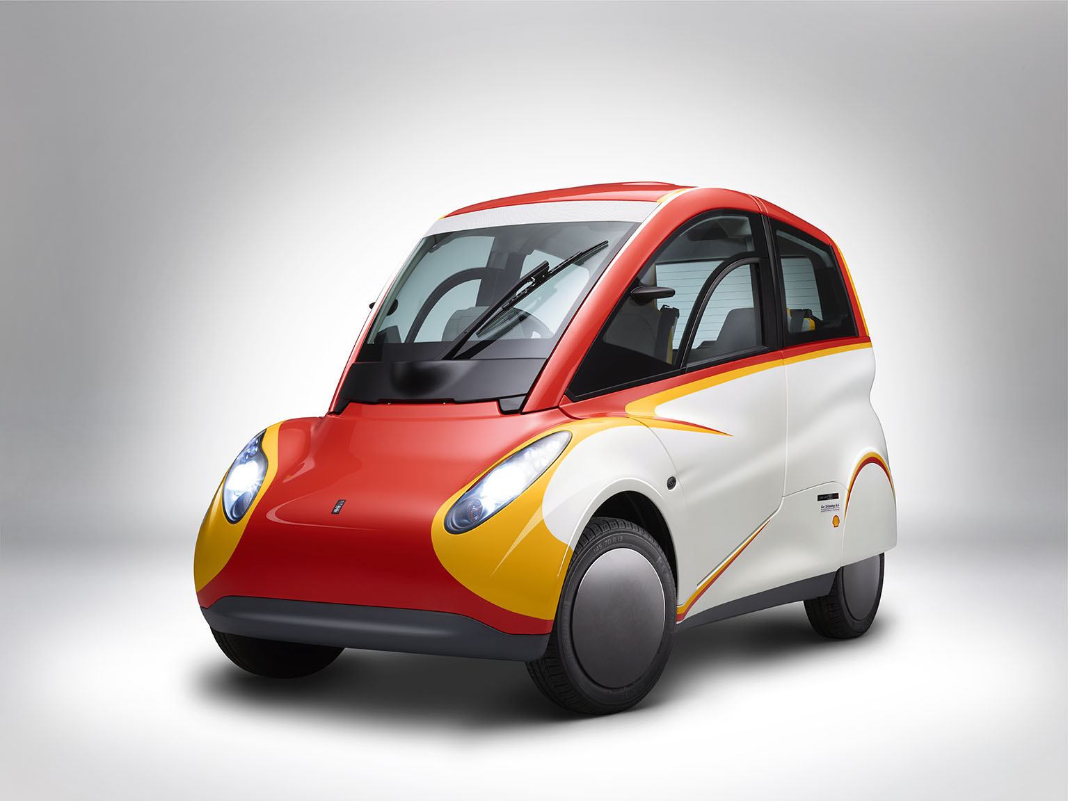 Shell Concept Car_Side Angled