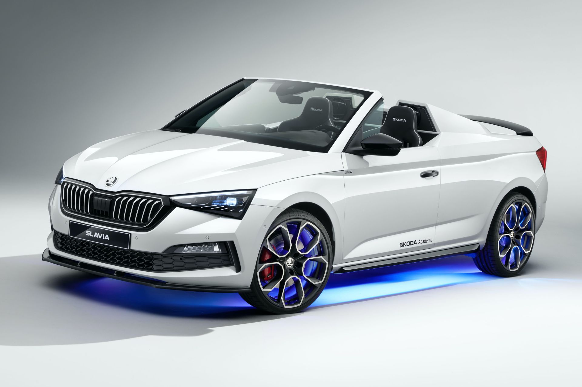 Skoda-Slavia-concept-car-built-by-students-6