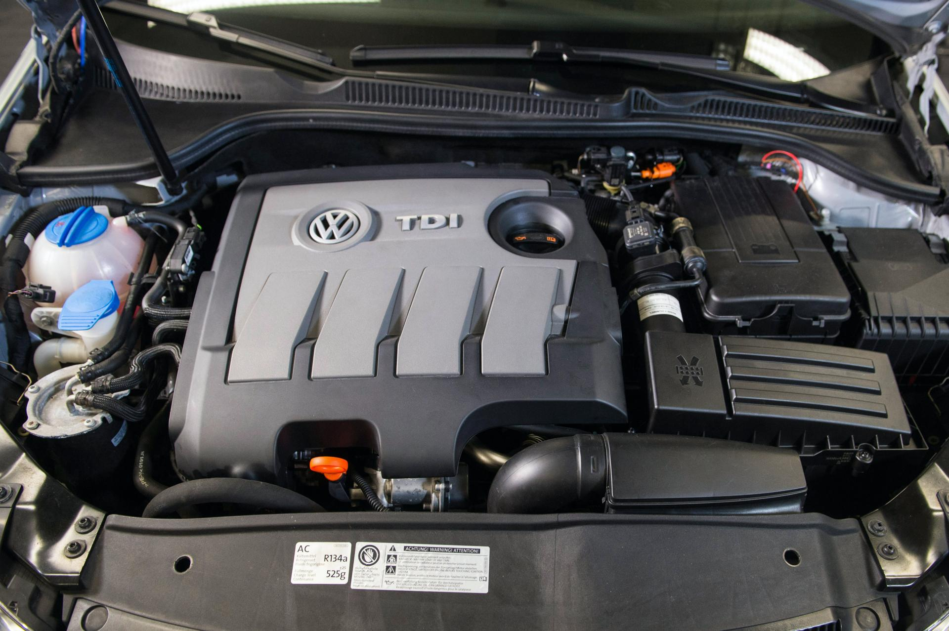 VW-1.6-TDI-EA-189-engine