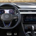 Óránként kell majd fizetni a Volkswagen önvezető rendszeréért!