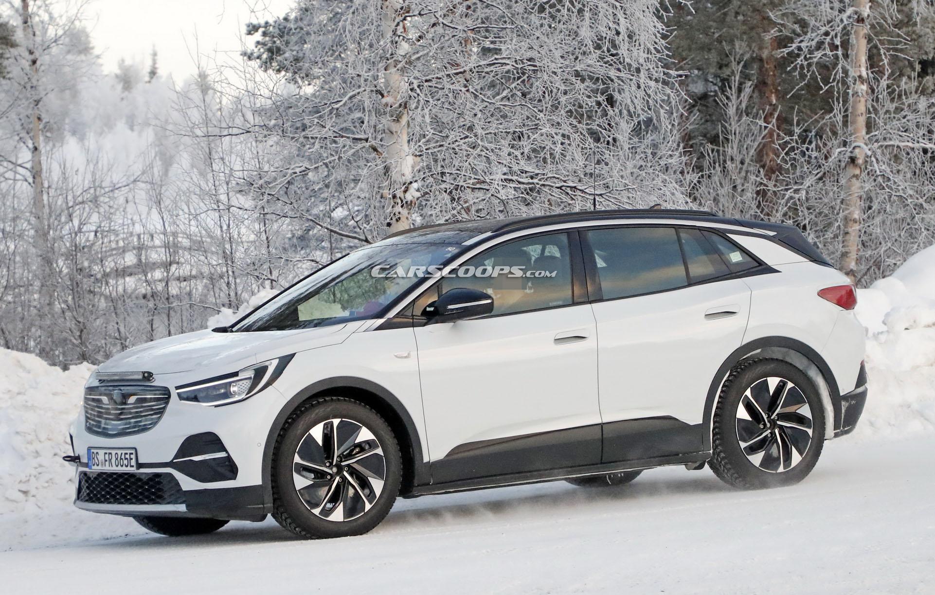 Opelként tesztelik az új elektromos Volkswagent