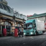 Elektromos teherautókkal bővíti a palettáját a Volvo