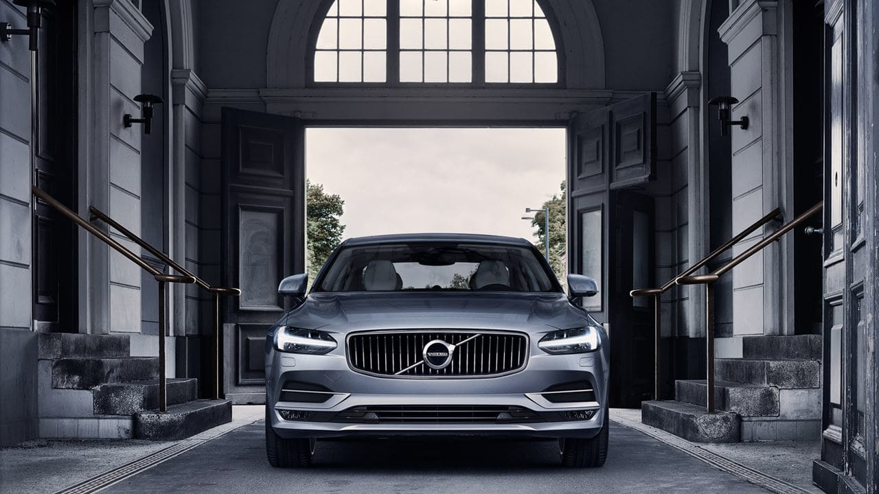 Volvo-to-Limit-Top-Speed-Of-All-Its-Models-to-180-Kmh-by-2020-1